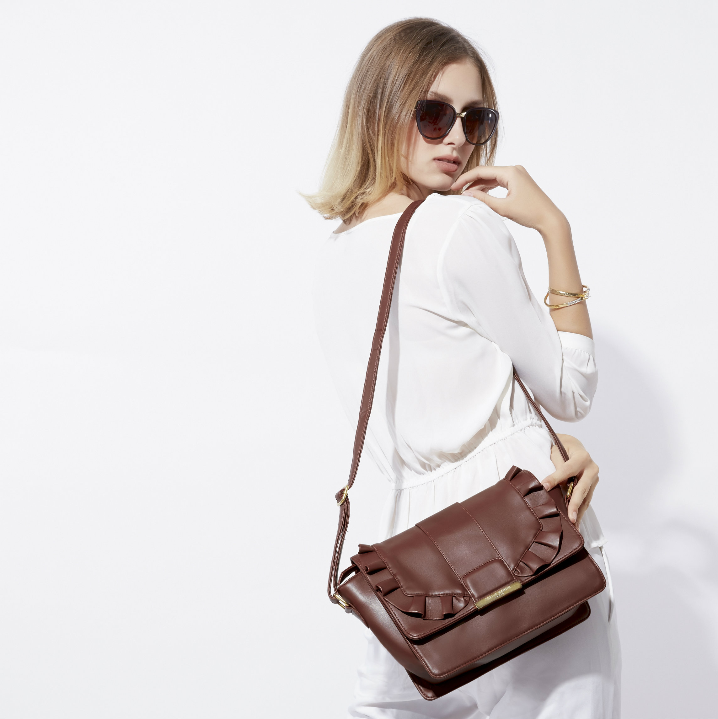 Say Hello To Bags Holic!