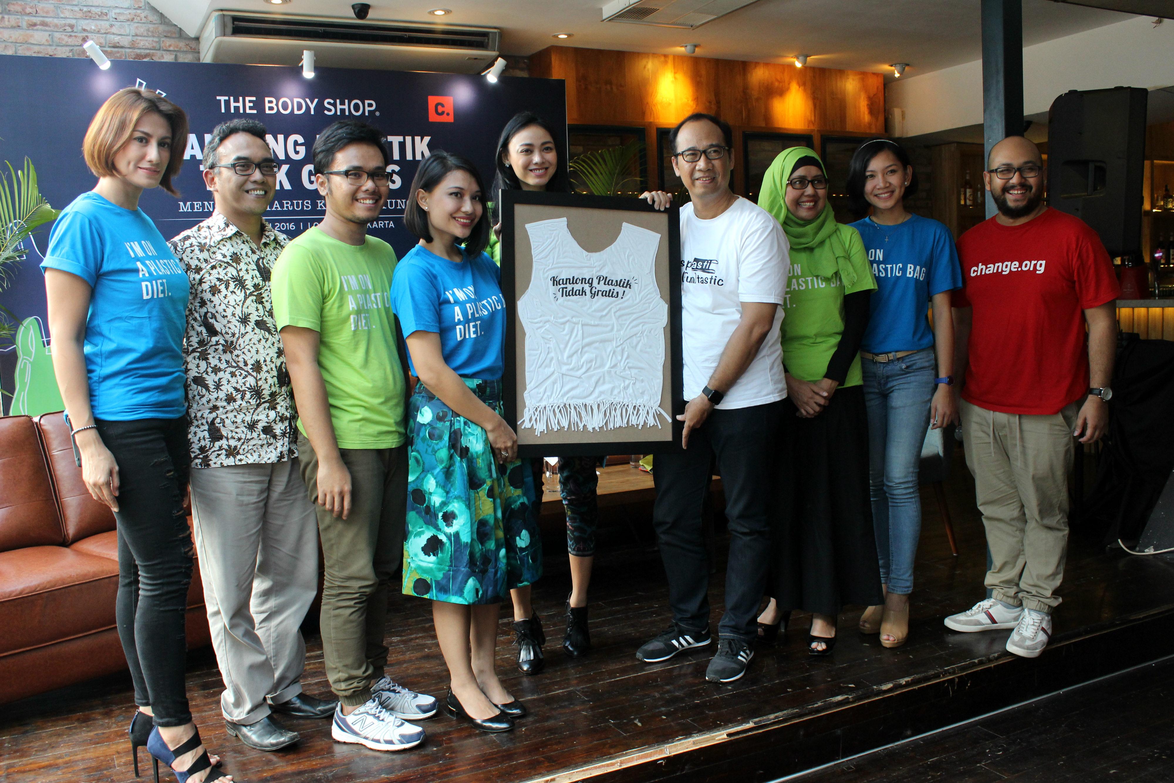 Diet Kantong Plastik untuk Lingkungan Sehat