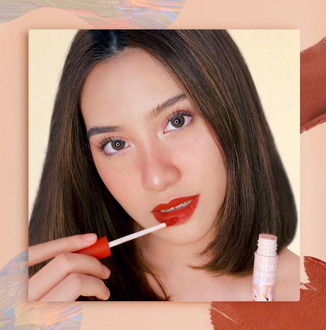 Y.O.U Bagikan Tips Makeup Untuk Tampil Fresh Setiap Saat